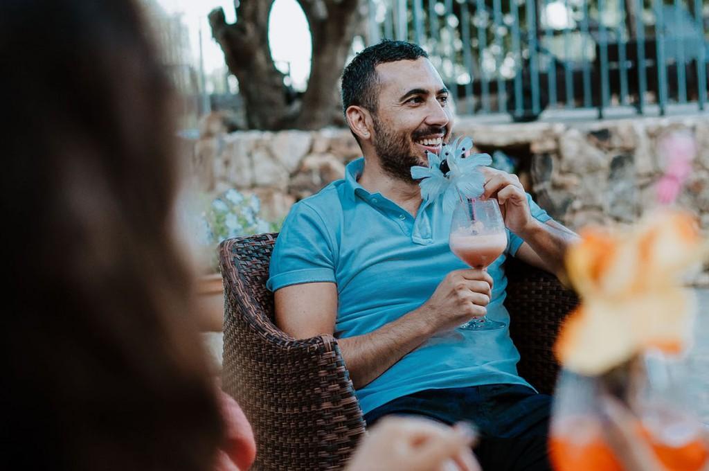 club-hotel-residence-cala-gonone-sardegna-aperitivo-giardino