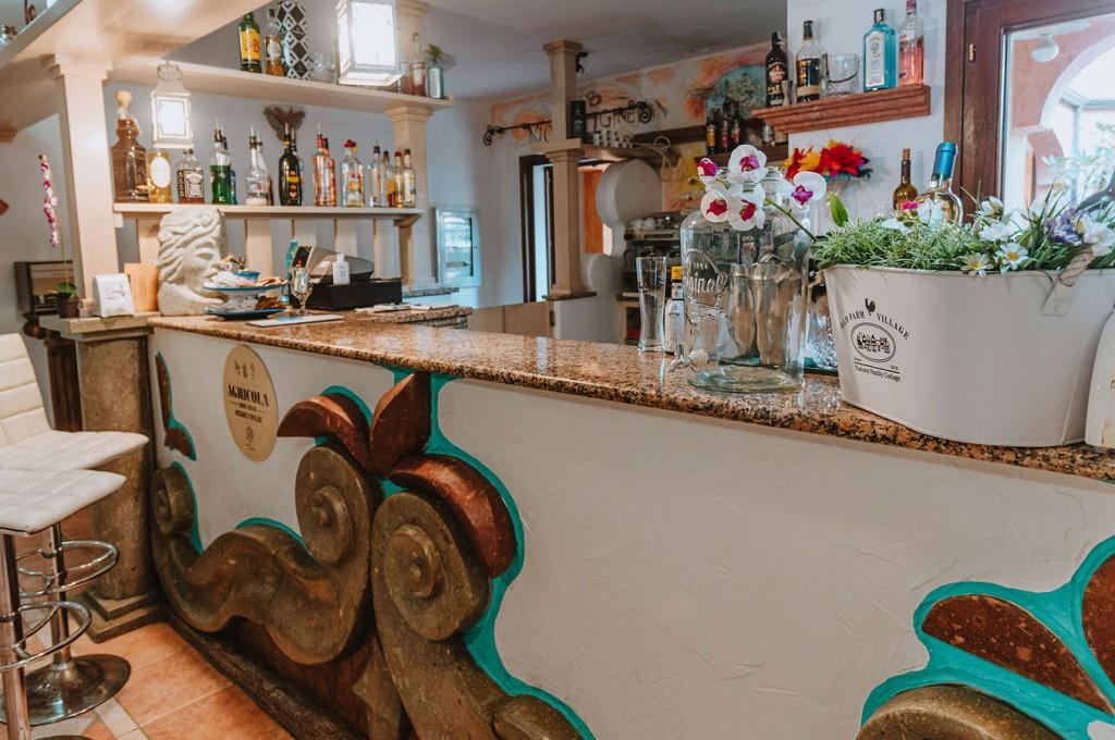 club-hotel-residence-cala-gonone-sardegna-servizi-bar