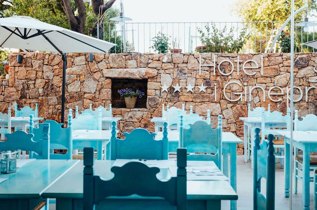 club-hotel-residence-cala-gonone-sardegna-servizi-sala-colazione