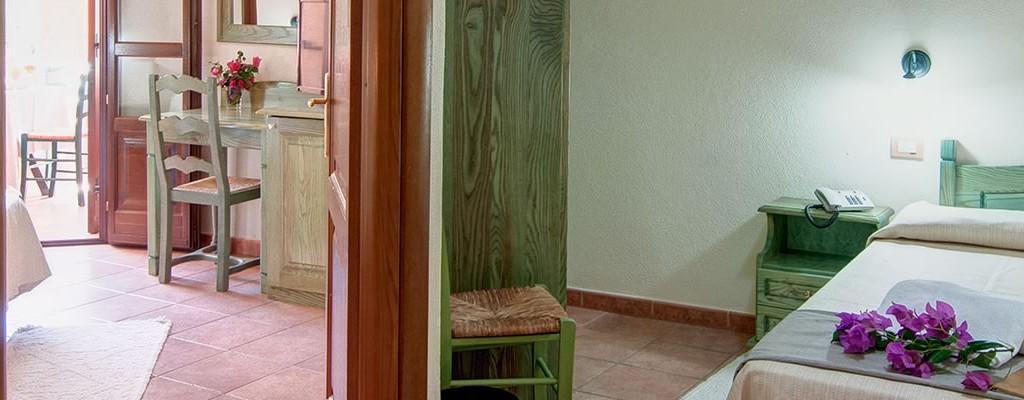 Chambre familiale communicante hotel i ginepri for Chambre communiquante