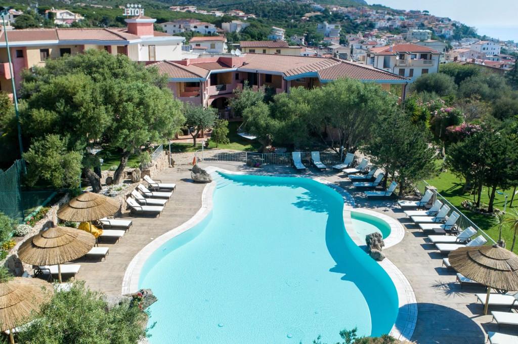 club-hotel-residence-i-ginepri-cala-gonone-sardegna7