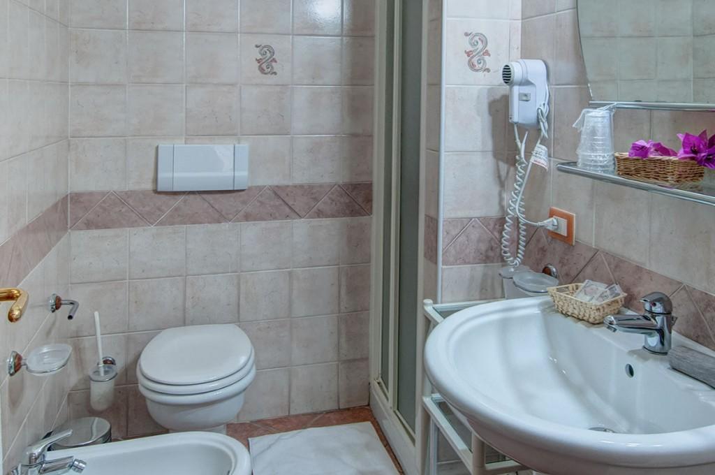 hotel-i-ginepri-cala-gonone-sardegna-le-camere34