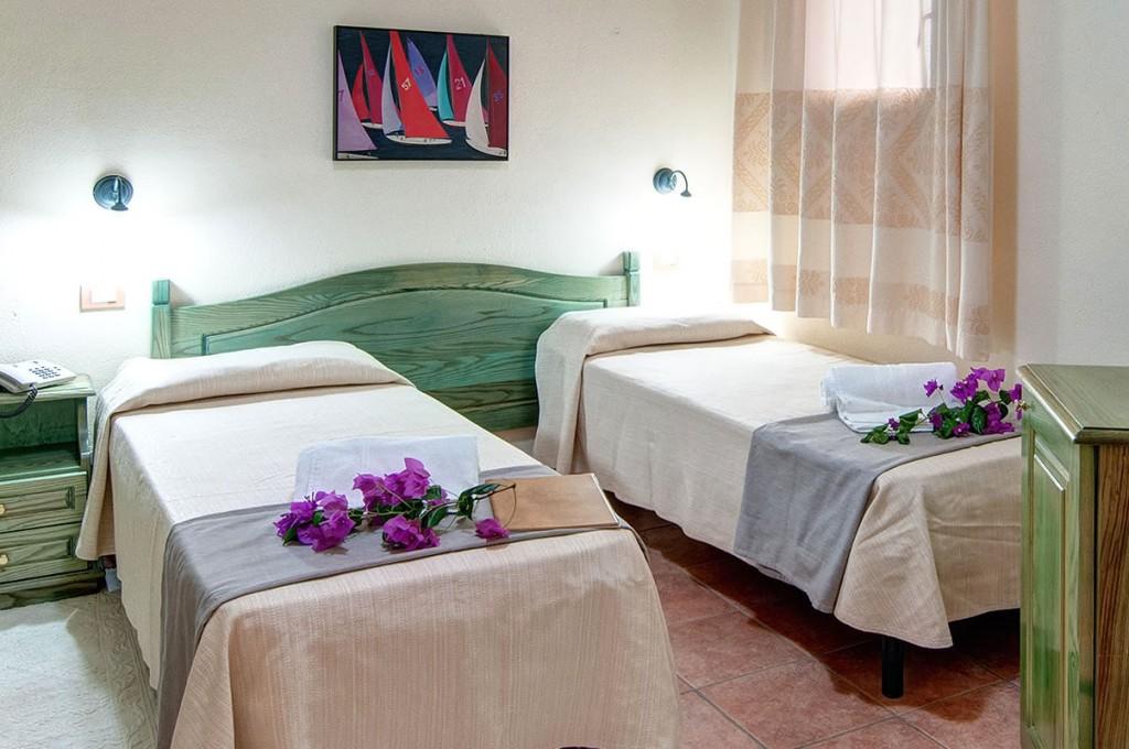 hotel-i-ginepri-cala-gonone-sardegna-le-camere37
